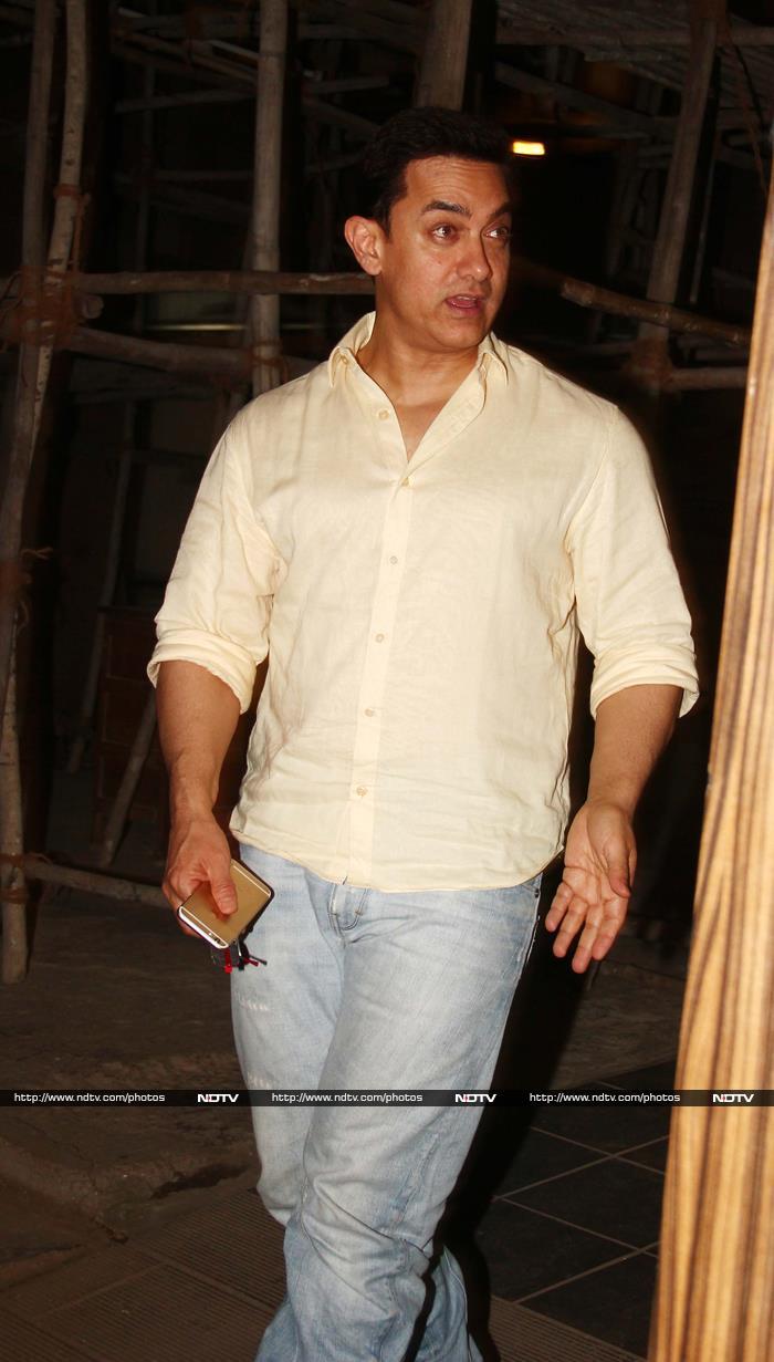 Ranbir, Anil, Karan\'s Night Out At Aamir Khan\'s Home