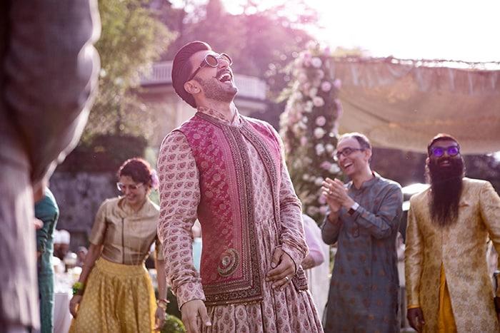 इंटरनेट पर वायरल हुईं रणवीर-दीपिका की शादी की नई तस्वीरें