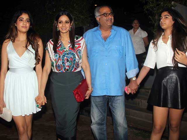 A Family That Stays Together: Sridevi, Boney, Jhanvi, Khushi