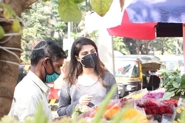 When Rhea Chakraborty Stepped Out To Buy Flowers