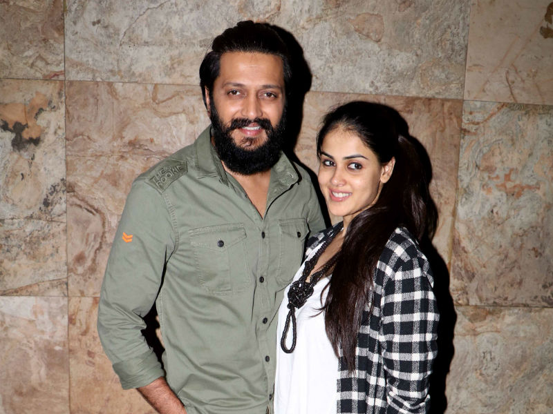 Riteish and Genelia's Rockin' Banjo Eve