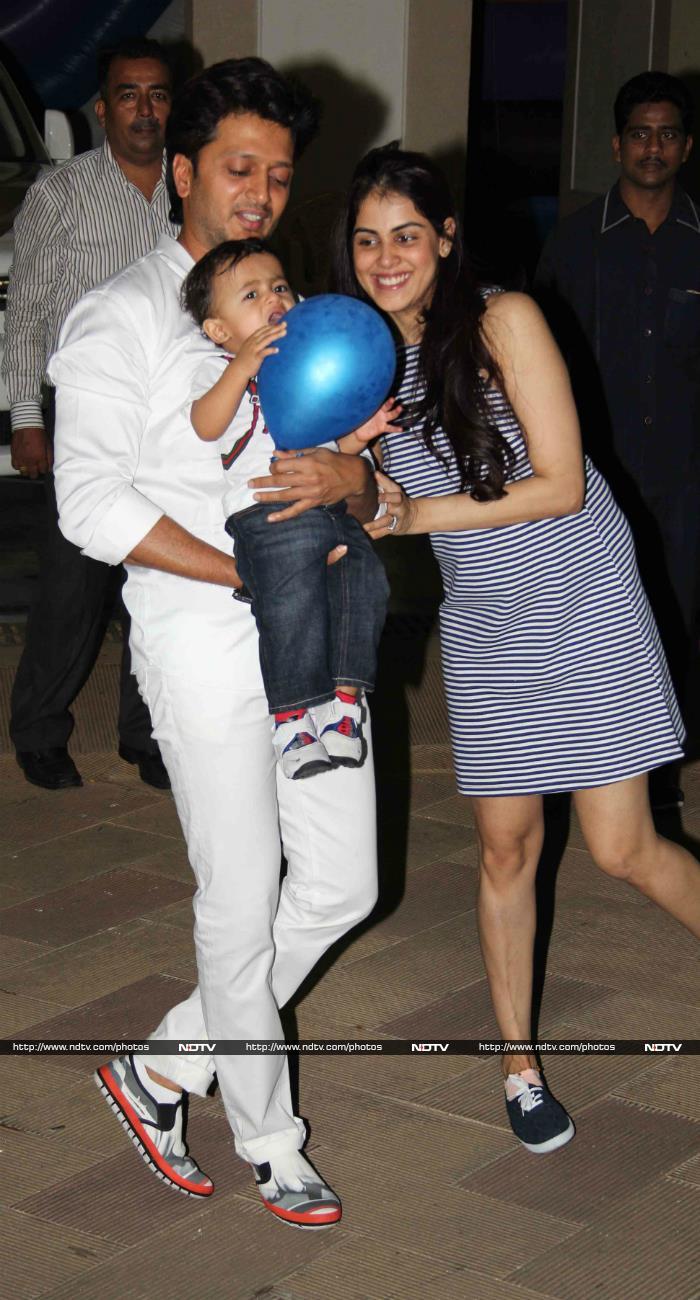 Happy Birthday Riteish Deshmukh: Great Grand Masti@37