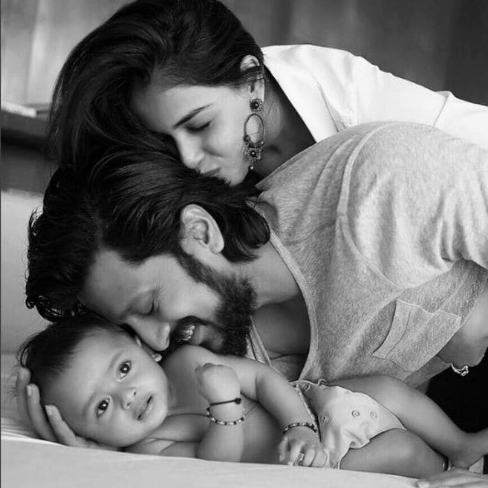 10 Fabulous Pics of Genelia, Riteish and Sons