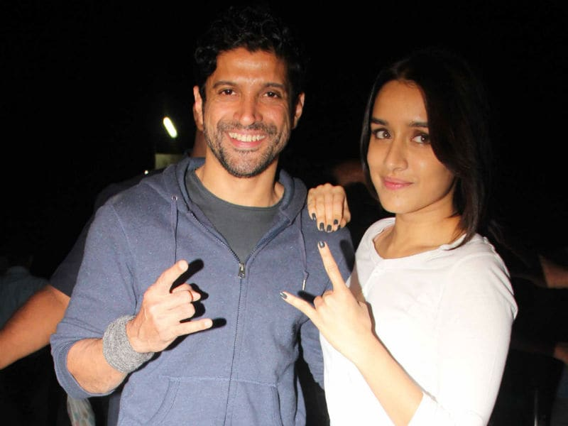 Photo : Rock On 2 Releases. Shraddha And Farhan Host A Screening