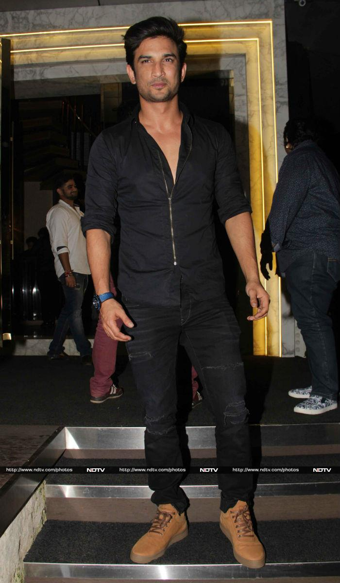 Shah Rukh, Anil Kapoor And Bipasha Put On Their Party Shoes