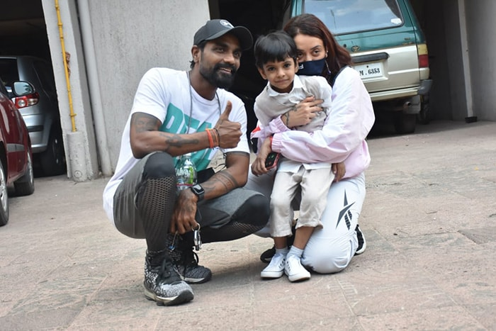 Choreographer Remo D\'Souza posed with his wife Lizelle D\'Souza and their son Dhruv in Versova.