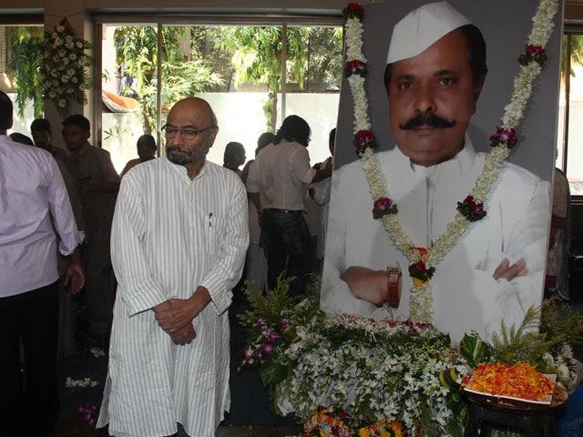 Bollywood's Last Salute to Sadashiv Amrapurkar