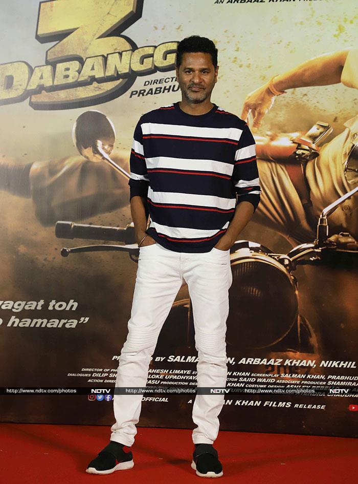 Salman, Sonakshi And Saiee Manjrekar Launch Dabangg 3 Trailer In Style