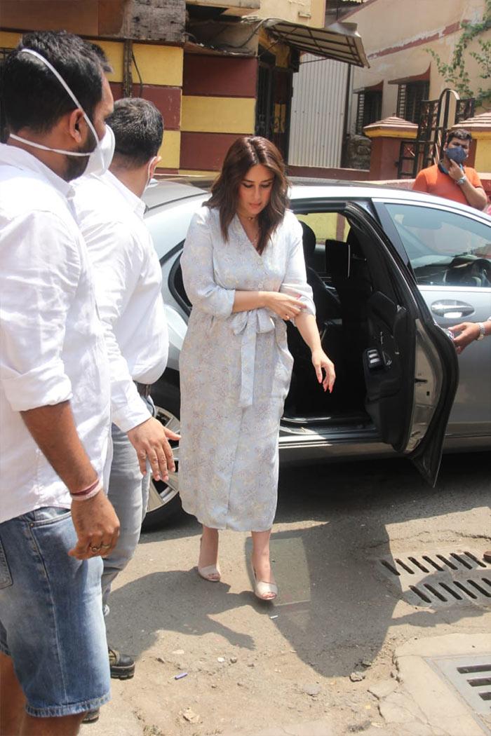 How Kareena Kapoor, Sara And Saif Ali Khan Started The Week