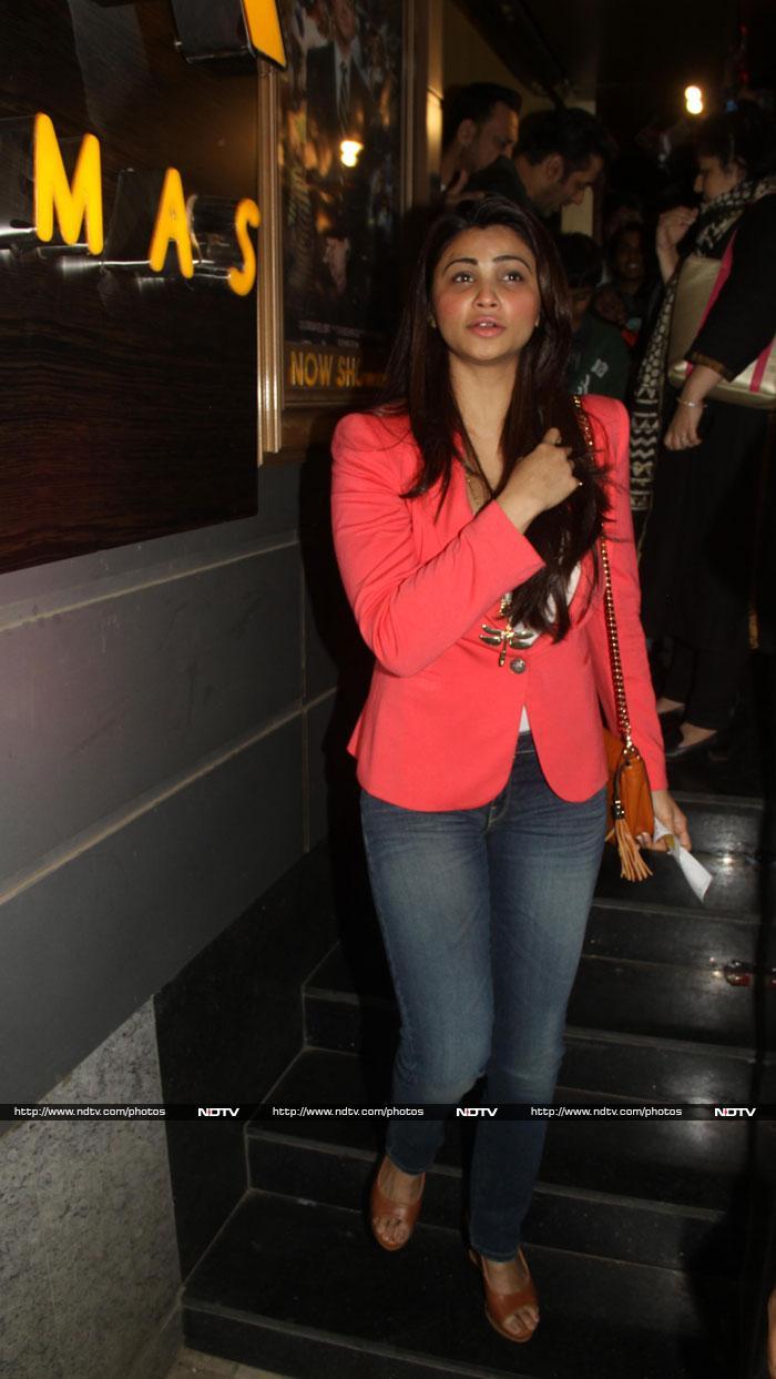 Salman, Daisy\'s movie date