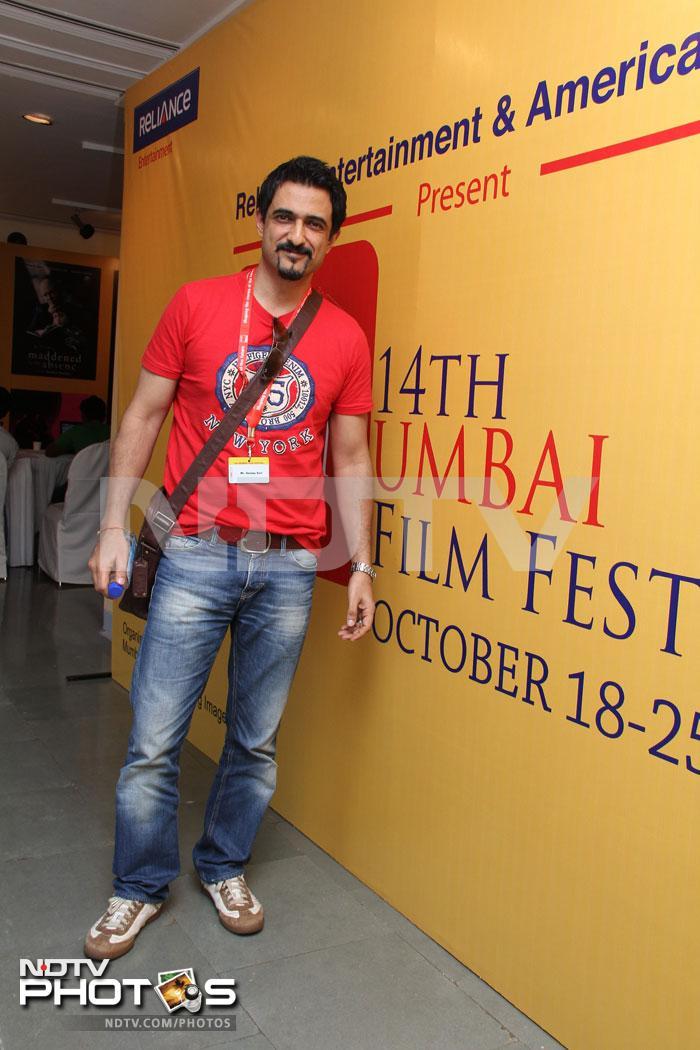 Dia, Sanjay: Filmy and festive