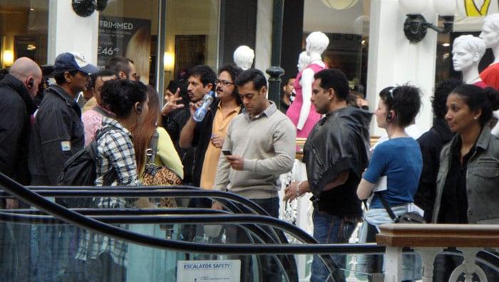 Salman shoots in Dublin after surgery