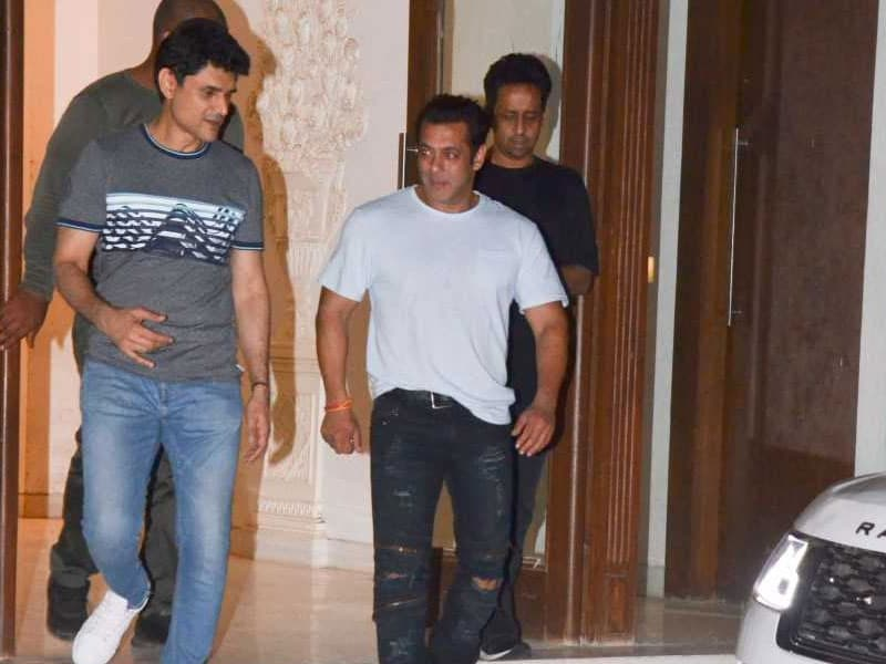 Inside Salman Khan's Well Spent Weekend With His Siblings