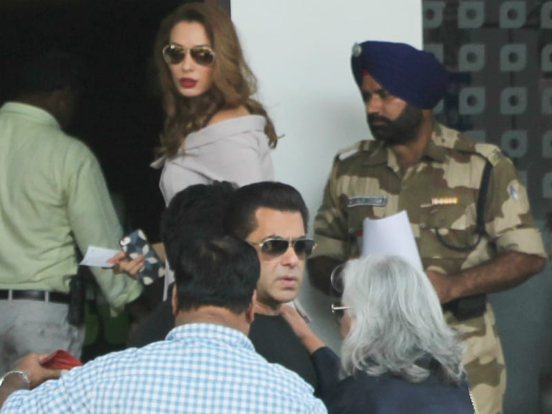 Jet Set Go With Salman And Iulia