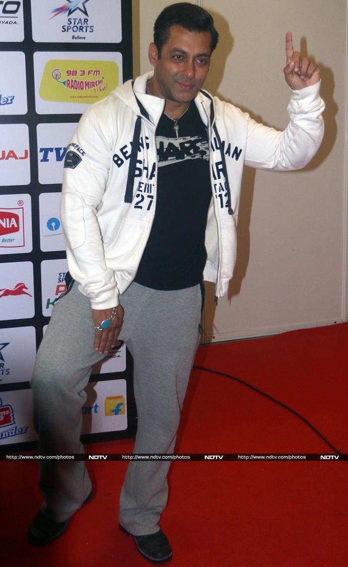 Salman Khan Does the Kabaddi Thigh-Five Like a Boss