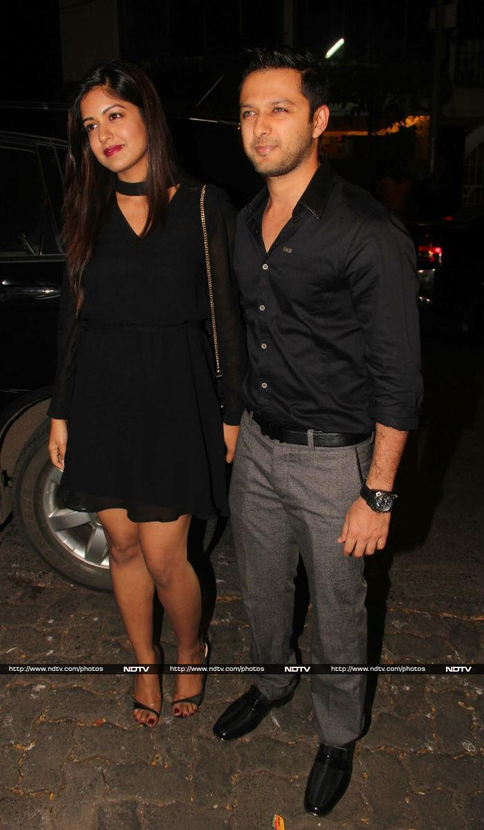 Salman Khan, Jacqueline, Daisy Shah\'s Midweek Party