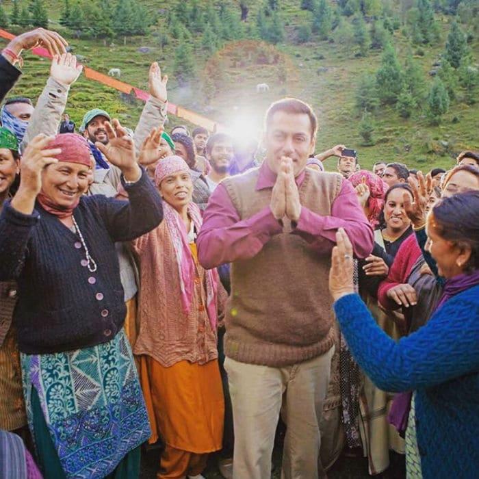 Salman Khan Lights up Manali