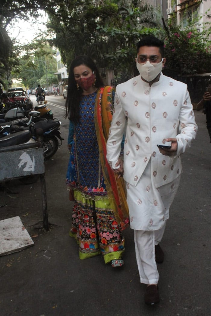 Celebrity couple Gauhar Khan and Zaid Darbar were also spotted in traditional attires on the occasion of Id Ul Fitr.
