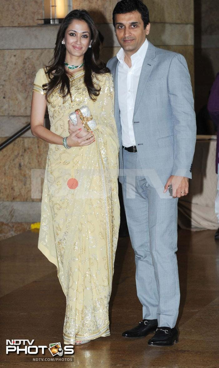 Celebs at the wedding of Riteish\'s brother