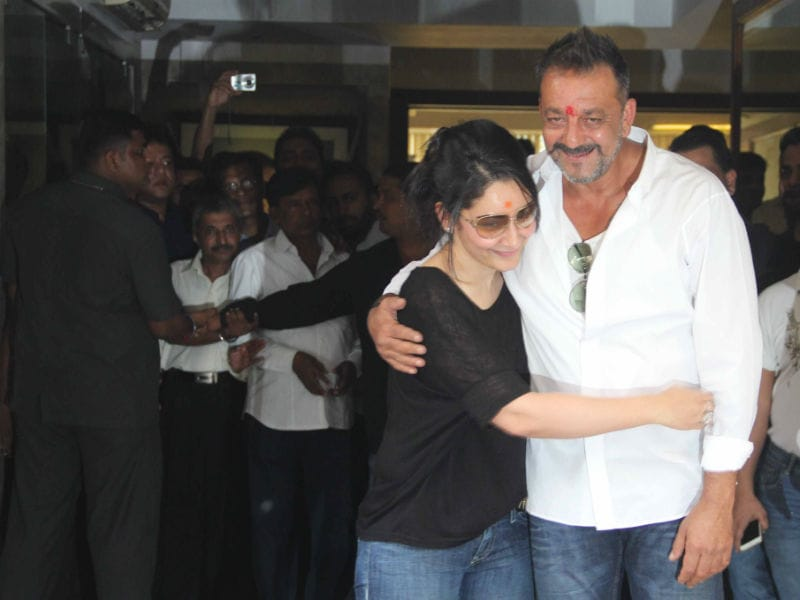 Tracing Sanjay Dutt's Steps From Siddhivinayak Temple to His Home