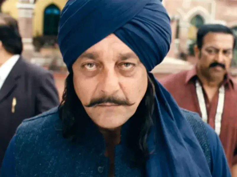 In 2012, Sanjay Dutt co-starred in the movie Son Of Sardaar with Ajay Devgn. Sanjay\'s bandit king character was widely believed to be modelled on his that of his father in the movie Mujhe Jeene Do.
