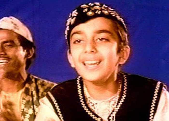 Sanjay Dutt made his first appearance on the big screen when he was just 12. He played a small role as a young qawali singer in the 1971 film Reshma Aur Shera featuring his father Sunil Dutt, Waheeda Rehman and Rakhee.