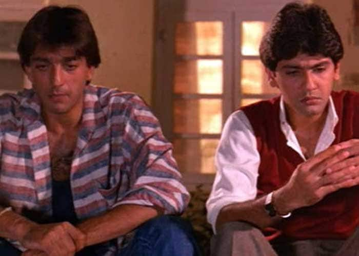 After a mixed bag of hits, including Vidhaata, and flops, Sanjay Dutt appeared in Naam (1986), his first critical success.