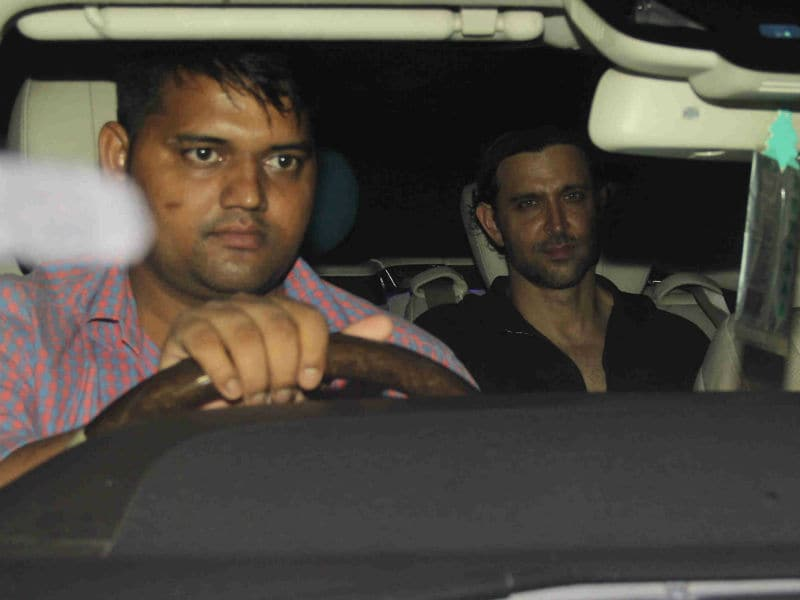 Hrithik Roshan Joins Madhavan, Dia At Sanjay Khan's Eid Bash