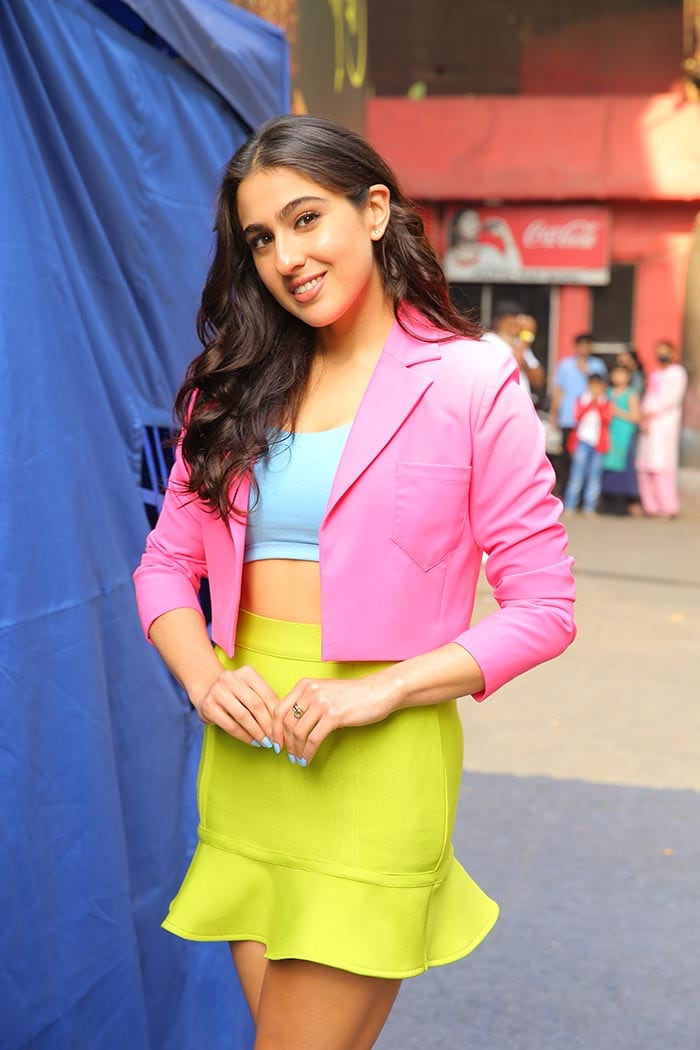 Sara Ali Khan Looks As Sweet As Candy In These Pics