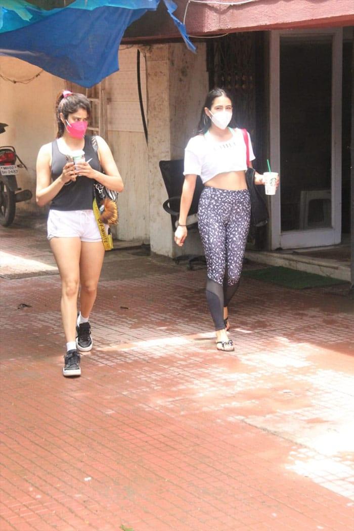 Catching Up With Workout Buddies Sara Ali Khan And Janhvi Kapoor