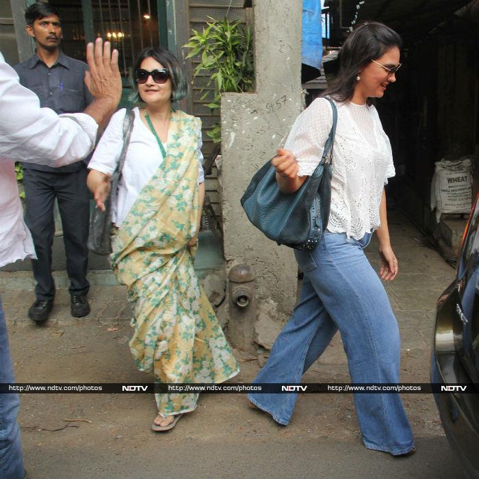 Sara, Malaika And Jacqueline Make Mumbai Shine