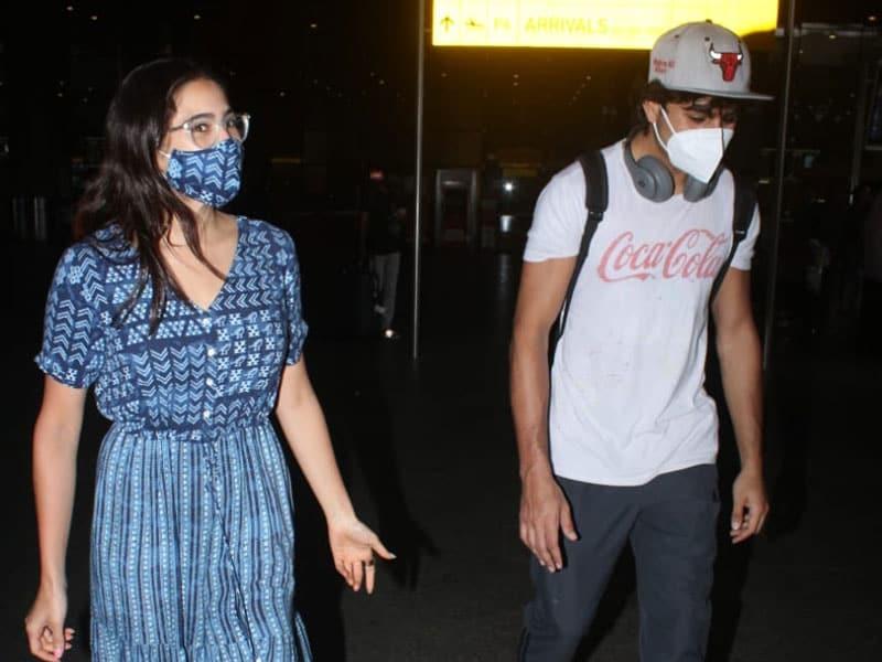 Photo : कुल लुक में एयरपोर्ट पर स्पॉट किए गए सारा अली खान और इब्राहिम अली खान