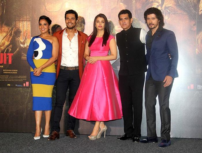 Aishwarya, Richa Chadha, Randeep Root for Sarbjit