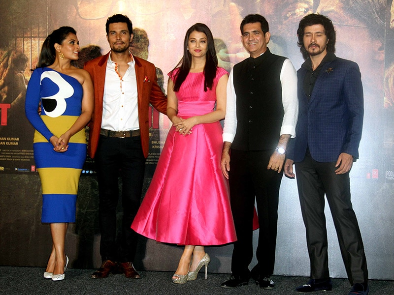 Aishwarya, Richa Chadha, Randeep Root for Sarbjit