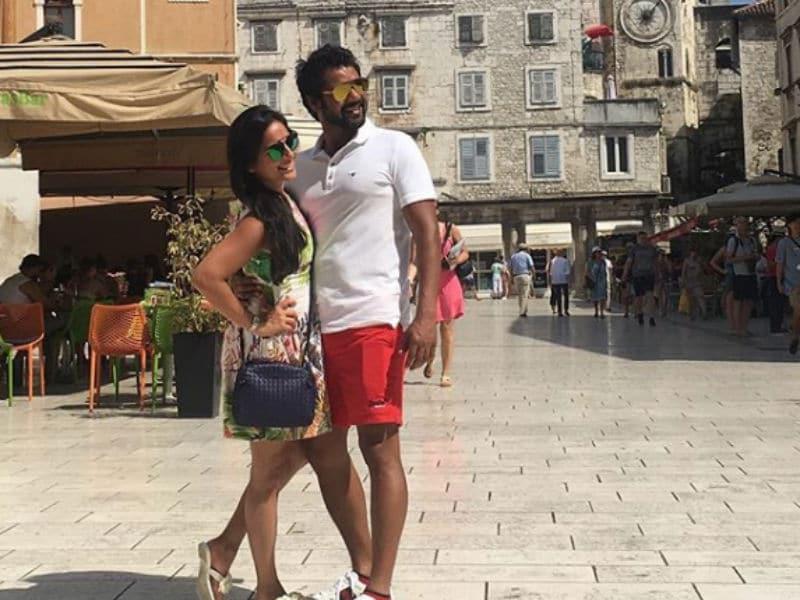 Photo : टीवी का 'रॉक स्टार' शब्बीर आहलुवालिया का खूबसूरत वेकेशन