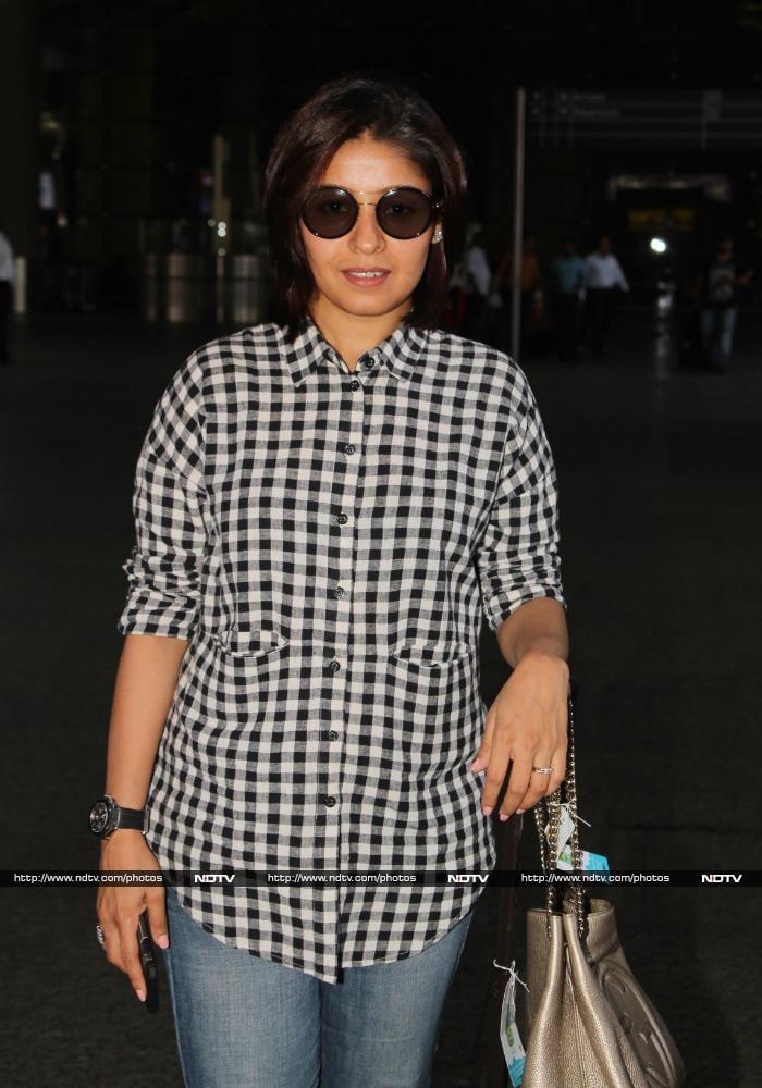 Karan-Arjun Spotted At The Airport