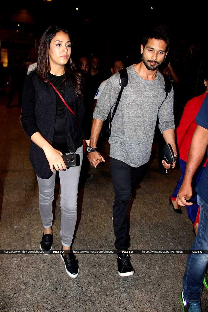 एयरपोर्ट पर बेबी बंप के साथ नजर आईं मीरा राजपूत, पति शाहिद कपूर भी थे मौजूद