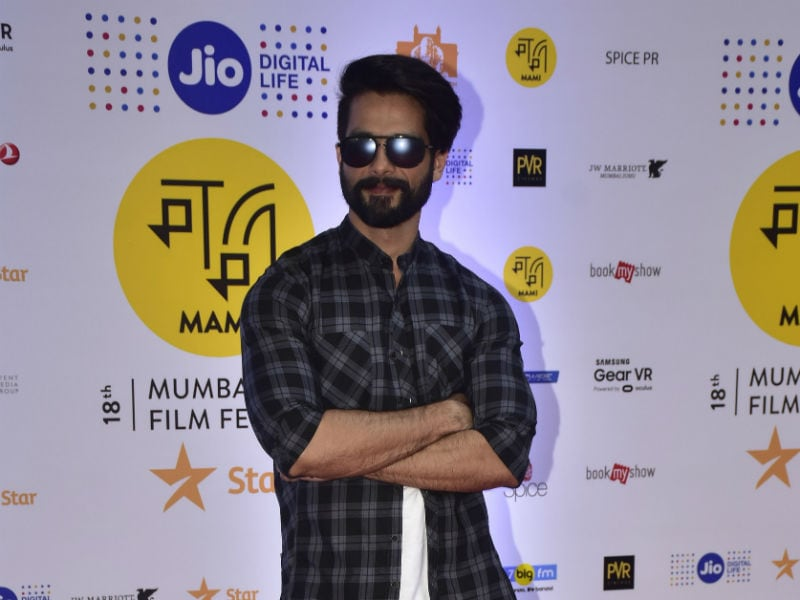 Shahid Kapoor Redefines Cool At MAMI