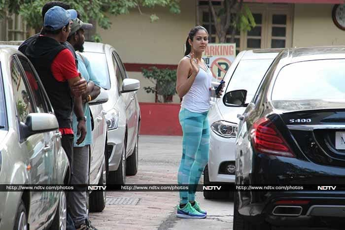 Shahid And Mira Hit The Gym Together