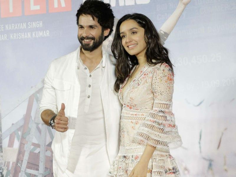Shraddha And Shahid Brighten Up Batti Gul Meter Chalu Trailer Launch