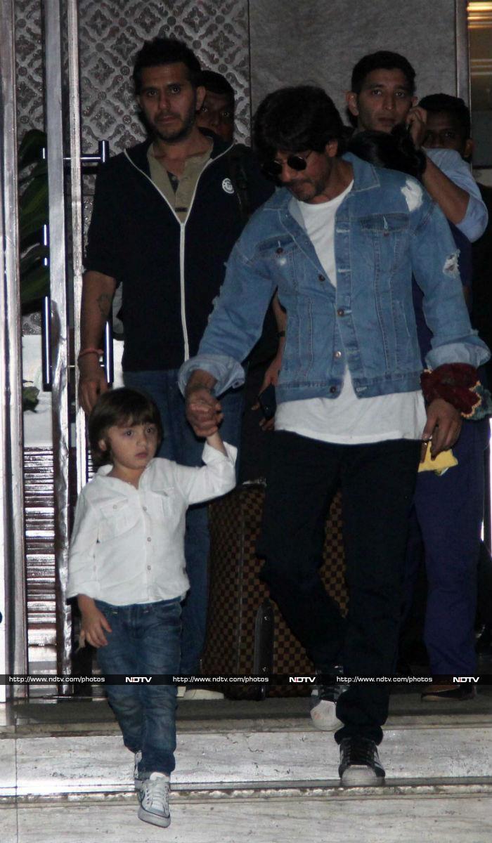 पिता शाहरुख खान के साथ निकले नन्हें स्टार 'अबराम'