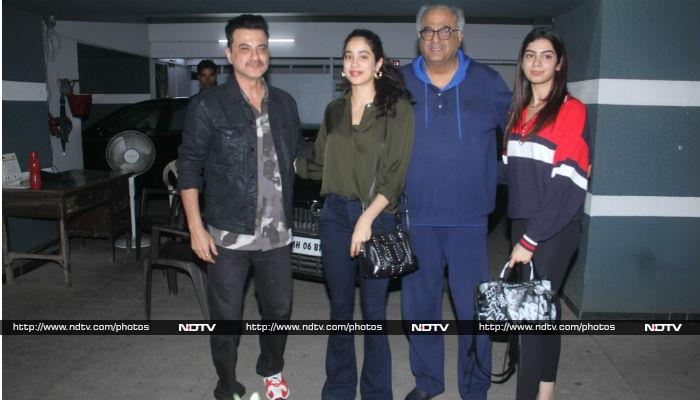 Inside Shanaya Kapoor's 19th birthday bash, see photos and videos