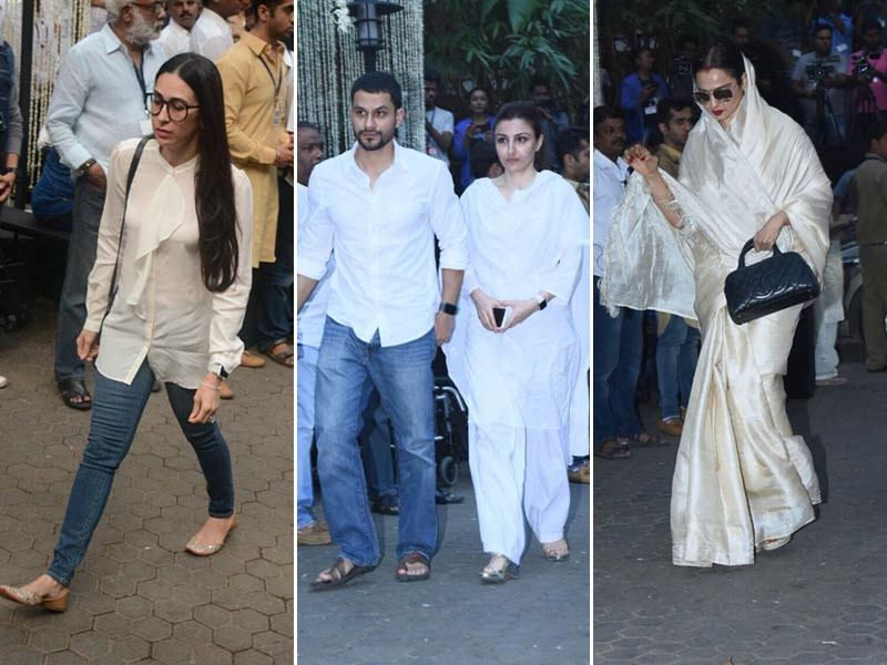 Kapoors And Other Celebs At Shashi Kapoor's Prayer Meet