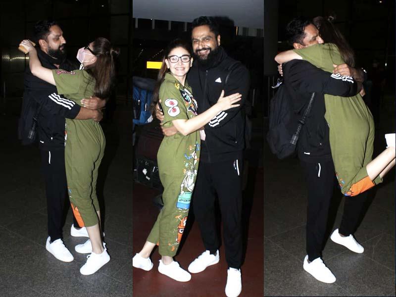 Photo : एयरपोर्ट पर शेफाली जरीवाला और पति पराग त्यागी का शानदार अंदाज