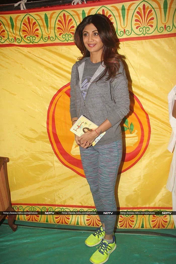 Shilpa Shetty, Baba Ramdev Bend it Like No One Can