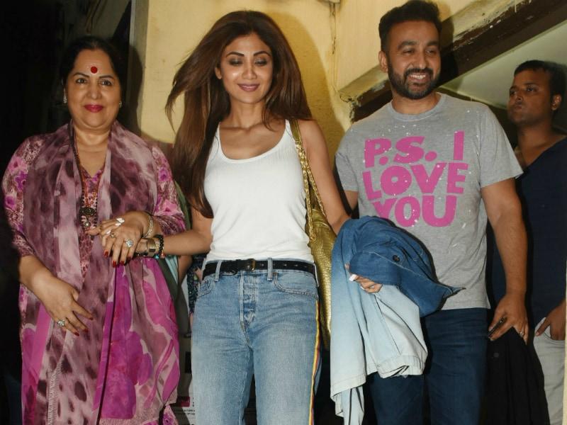 Inside Shilpa's Fam-Jam With Raj Kundra And Sunanda Shetty