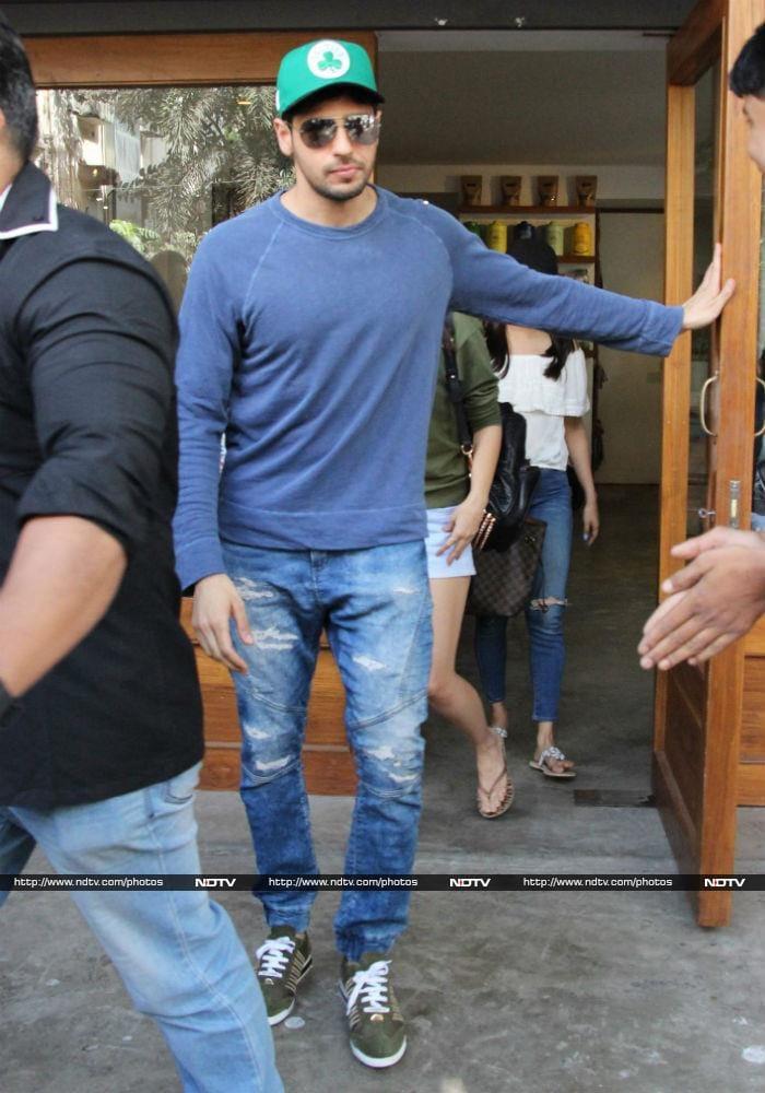 Alia Bhatt Sidharth Malhotra Enjoy Sunday Lunch Together