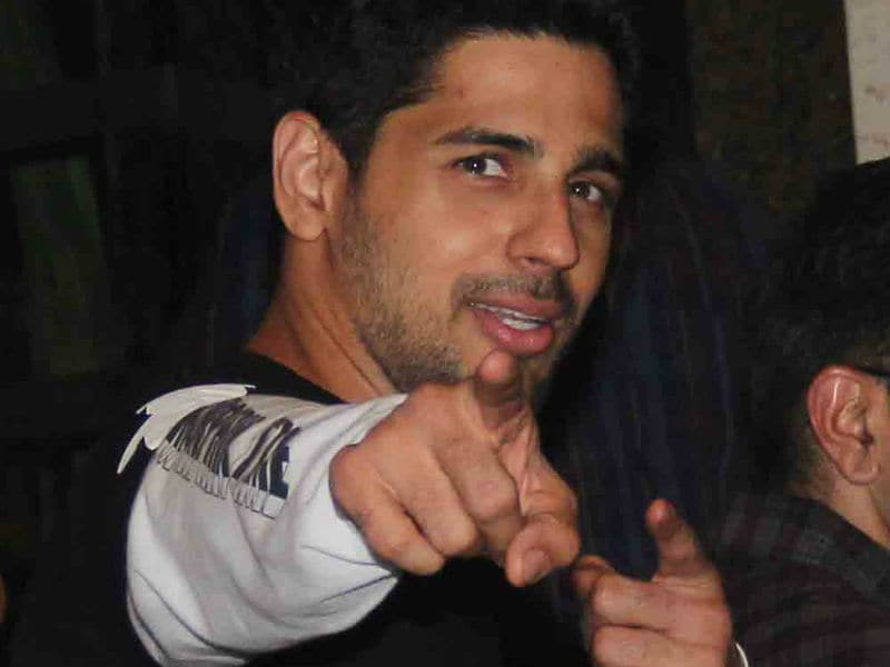 Sidharth Malhotra Celebrates Birthday With Karan Johar