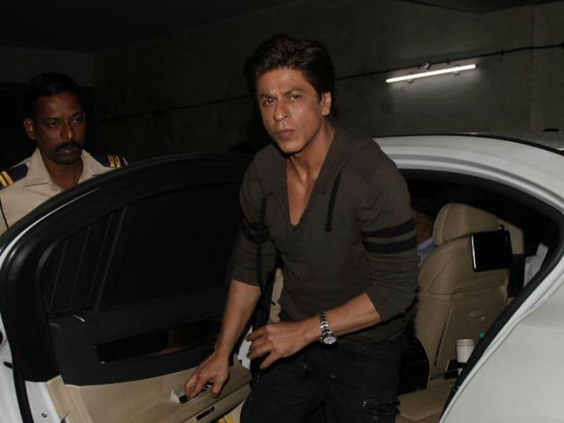 Photo : शाहरुख खान को सिद्धार्थ लगे बढ़िया 'जेंटलमैन'