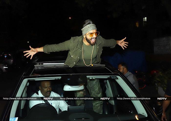 फिल्म 'सिम्बा' की कामयाबी के लिए रखी गई पार्टी में पहुंचे ये सितारे